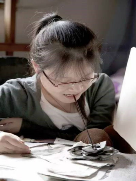 画画中的汪玉婷。开化宣传部提供