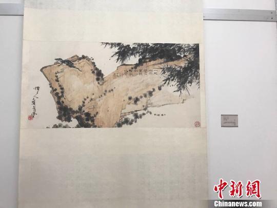 潘天寿纪念馆的水墨画作品。 王题题 摄