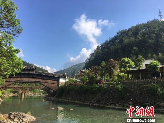 蒙淤村廊桥、古道风貌 罗媛安 摄