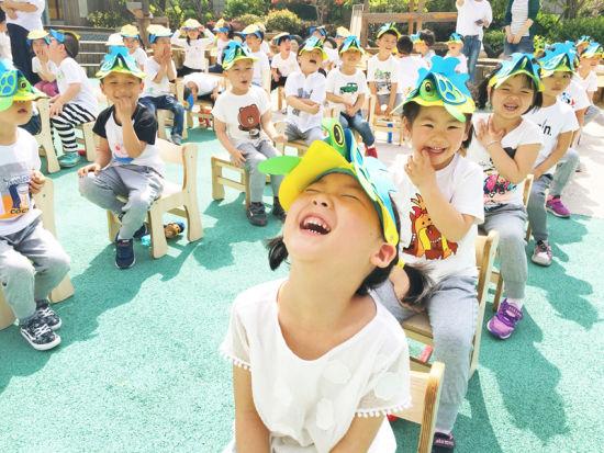 图为:活动现场的幼儿园小朋友。 活动方供图