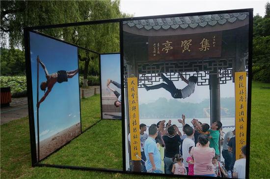 """摄影节策划推出了""""我们的40年杭州记忆""""等10余个作品单元。 张煜欢 摄"""