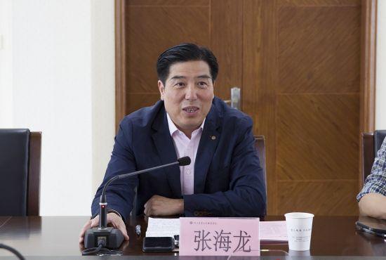 浙江农业商贸职业学院党委书记张海龙发言。 由校方供图